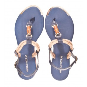 Miss Unique S26 V blauw sandaal.